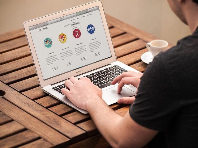Faire de l'argent en ligne, beaucoup le font déjà, c'est donc tout à fait possible !